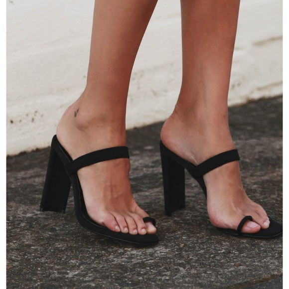 BRAND NEW Tony Bianco Black Sierra Heels in 8.5